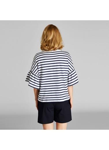 Vekem-Limited Edition Kolları Volanlı Çizgili Bluz Beyaz